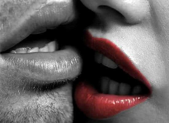 картинки с поцелуем для любимой